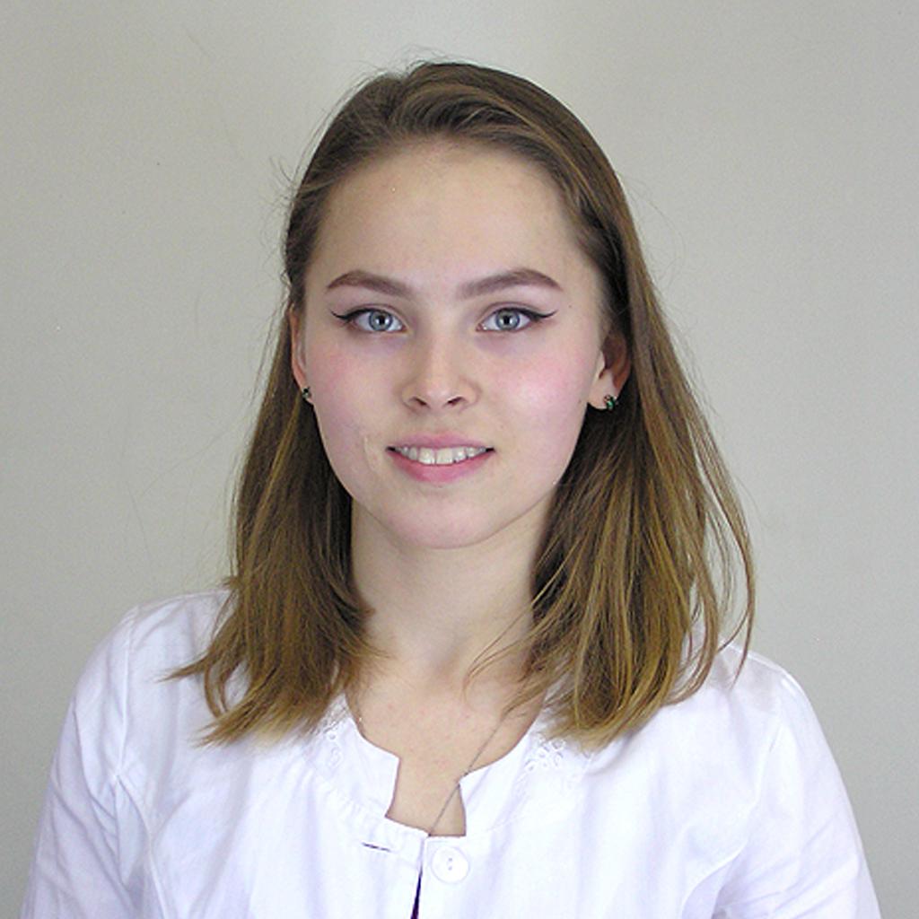 team-profile-aziza